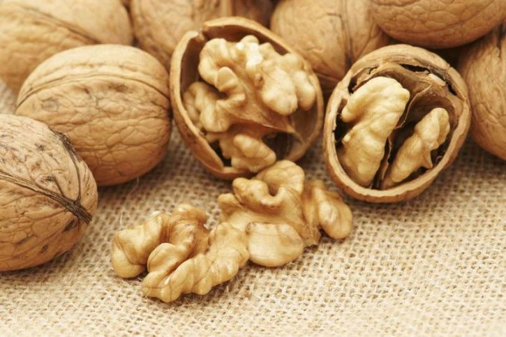Here's a list of foods that are loaded with these two amino acids that you're ought to consume if you're starting off with a diet:   walnuts