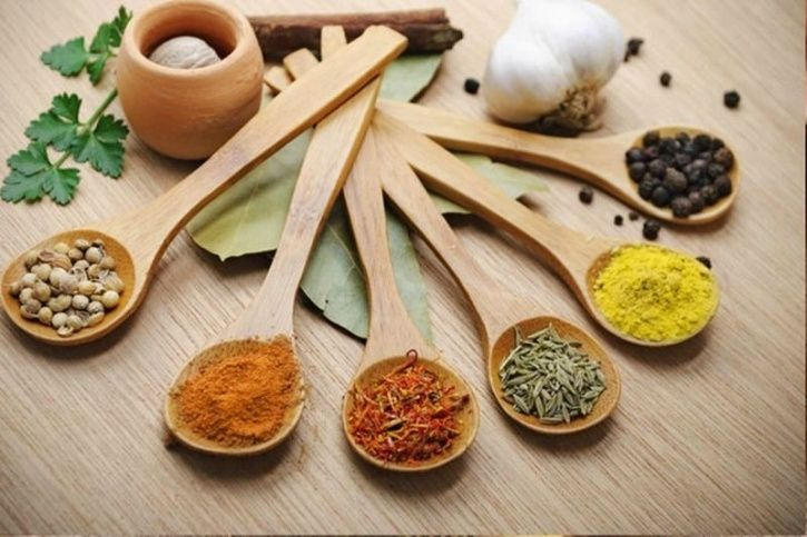 5 Spices That Can Help Anyone Burn Fat Faster