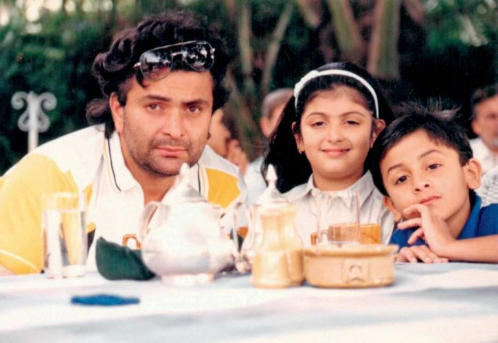 a childhood picture of Ranbir Kapoor with father Rishi Kapoor.