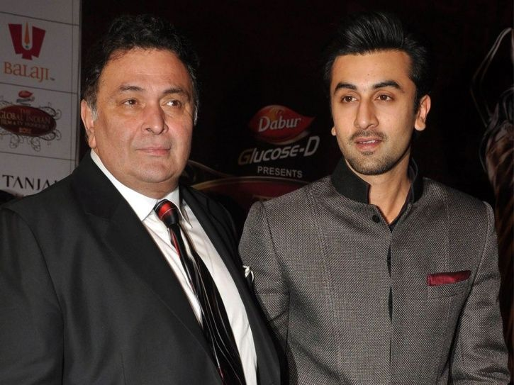 a picture of bollywood actor Ranbir Kapoor with father Rishi Kapoor.