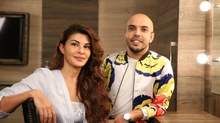 A picture of Jacqueline Fernandez with her make up artist Shaan.