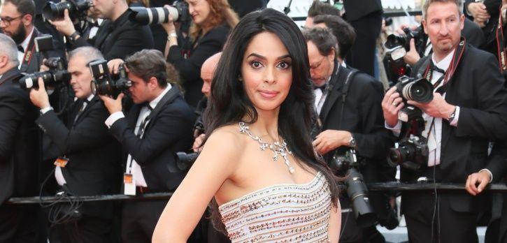 A picture pf Bollywood actress Mallika Sherawat.