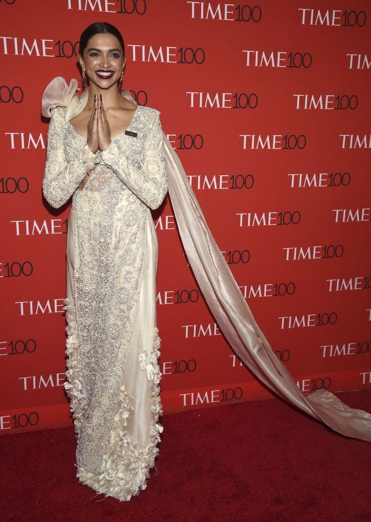 Deepika Padukone Wins Hearts As She Greets The World With Namaste At Time 100 Gala