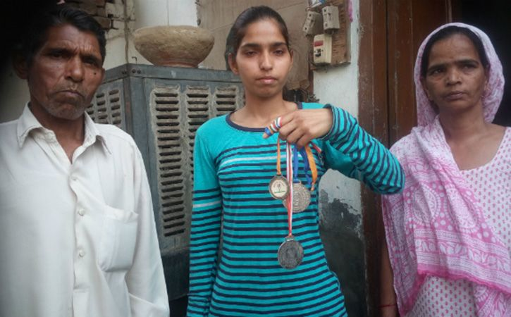 Neha Jangra Beats Up Cop For Sexual Harassment In Haryana