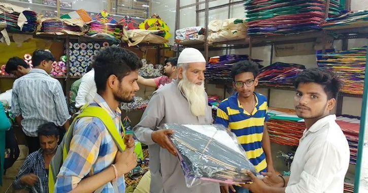 3 Lalkuan kite market