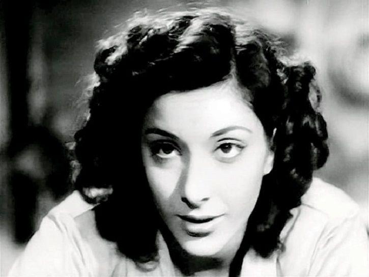 A picture of Nargis Dutt from Raat Aur Din.