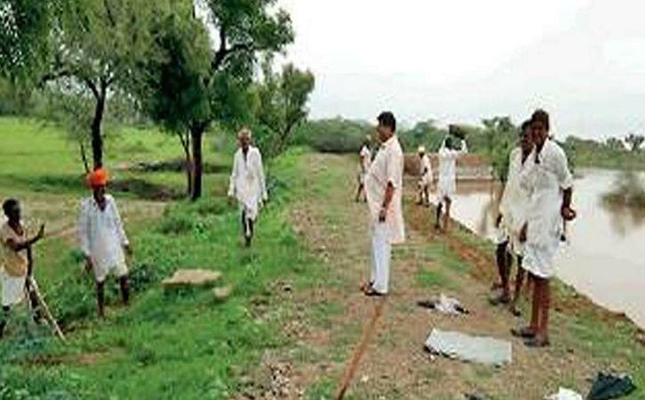 Encouraged By Anna Hazare Village Become Adarsh Gram