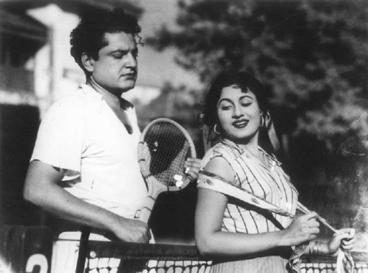 Guru Dutt and Madhubala in film Mr and Mrs 55 Old pics