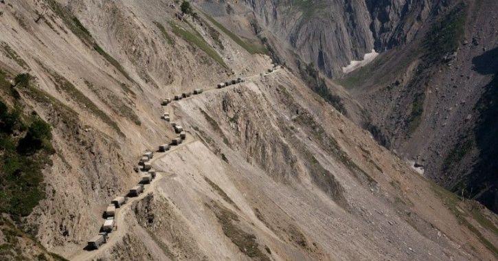 I Indian army convoy India