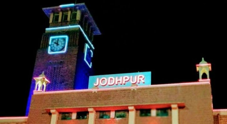 Jodhpur Is India's Cleanest Railway Station; Modi's Home Turf Varanasi Among Dirtiest