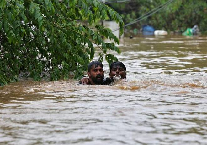 Kerala Floods Death Toll Reaches 370, Rescue Efforts Continue To Save Lives