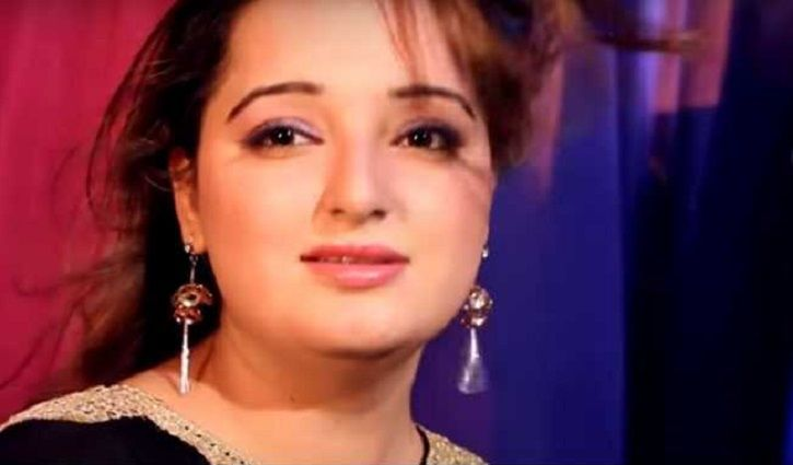 Pakistani Actor-Singer Reshma Has Been Shot Dead, Allegedly By Her Hsuband