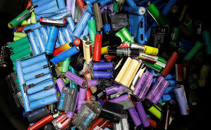 Scientists In US Have Now Developed Biodegradable Paper Based Batteries