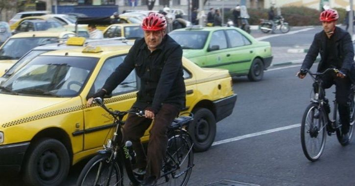 A Lesson For Indian Politicians: Tehran Mayor Cycles To Work As Pollution Grips City