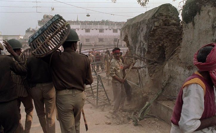 ayodhya residents priests saved muslims