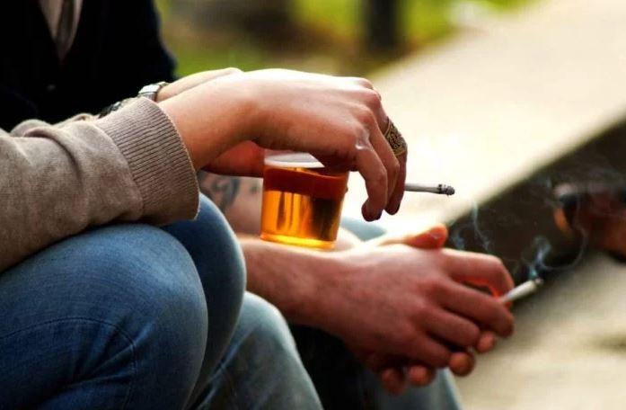 depressed smoking