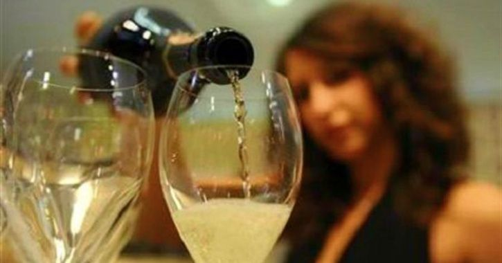 Girls Dare To Drink Alcohol In Dry Gujarat, Police Arrests Them For Partying