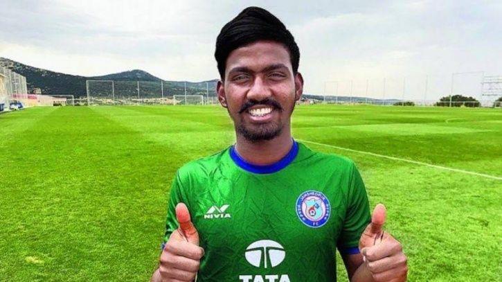 Gourav Mukhi is 28 years old