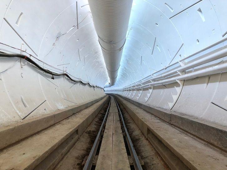 Hyperloop, The Boring Company, Elon Musk, Loop System, Underground Tunnel, Tunnel Demonstration, Mus
