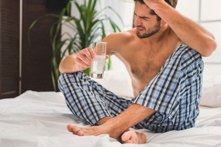 If You're Shy, You're Most Likely To Experience 'Hangxiety', Especially If You Drink Alcohol