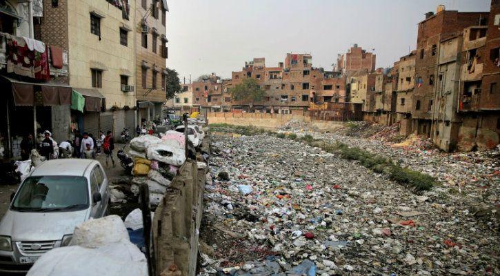 plastic pollution problem in new delhi
