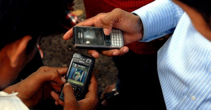 poor people mobile india