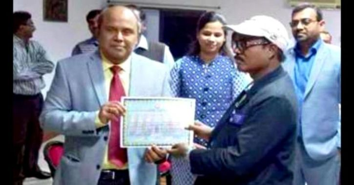 Railway Ticket Inspector From WB Has Been Conferred Sahitya Akademi Award For His Novel 'Marom'