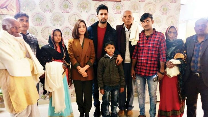 Vicky Kaushal meets the families of martyrs of Uri in Lucknow.