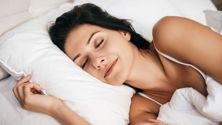 5 Strange Techniques That Can Help You Trick Yourself Into Sleeping