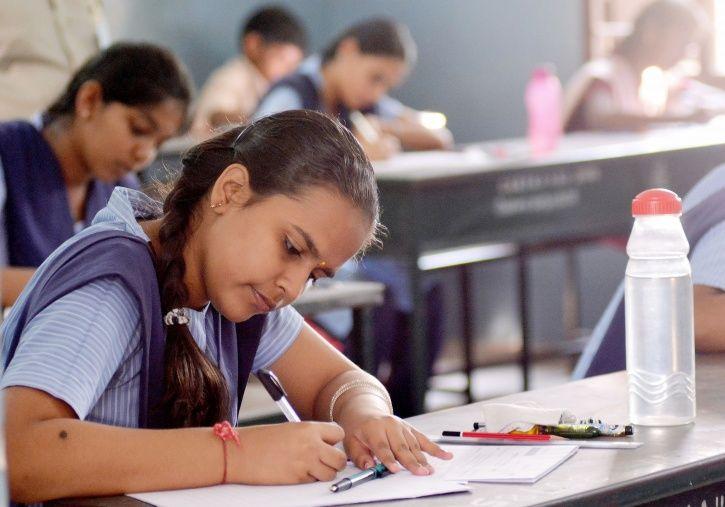 CBSE Makes Class X Exam Mandatory