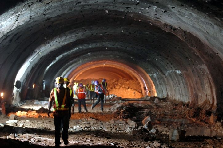 Decomposed Body Recovered From Delhi Metro Airport Line Tunnel