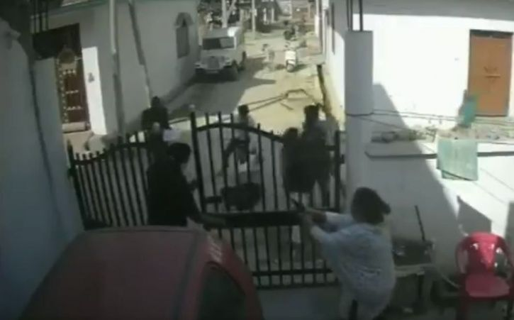 Lucknow Man Attacked By Six Men Outside Home