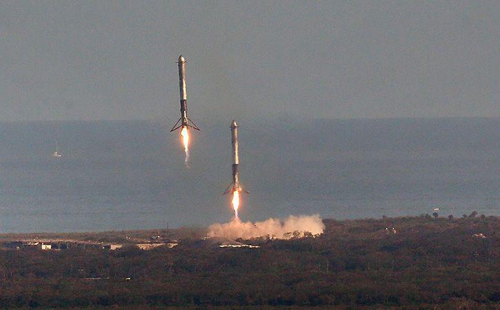 Spacexs Falcon Heavy Rocket Soars In Debut Test Launch