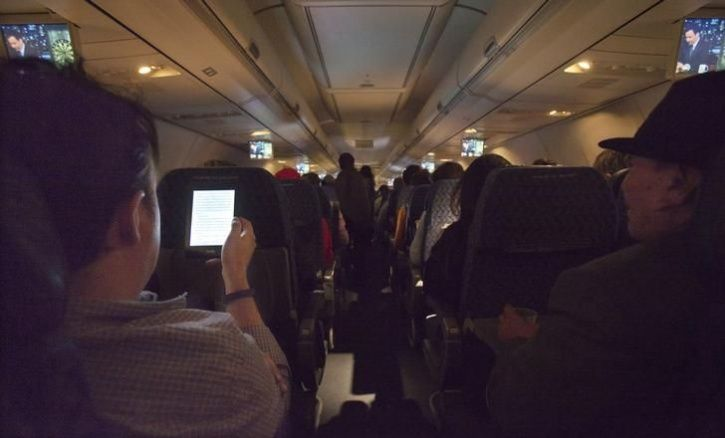 Airlines May Charge Of Fare For WiFi