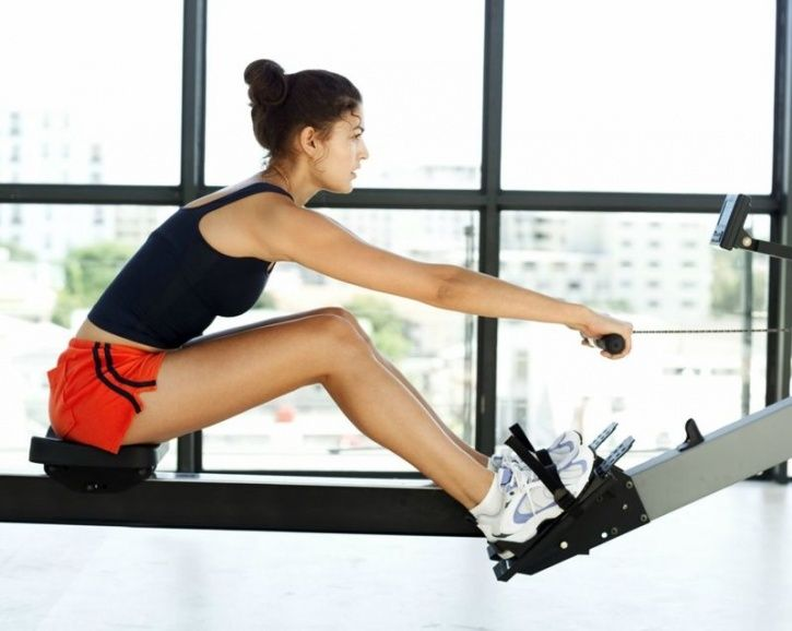 Here's Why You Should Pick Up One Of These Cardiovascular Exercises To Start Off This Year