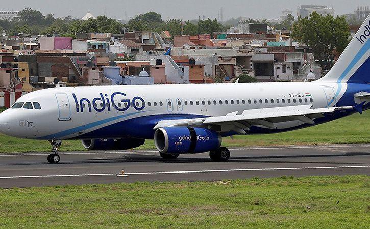 Indigo Threatens Passengers At Patna Airport