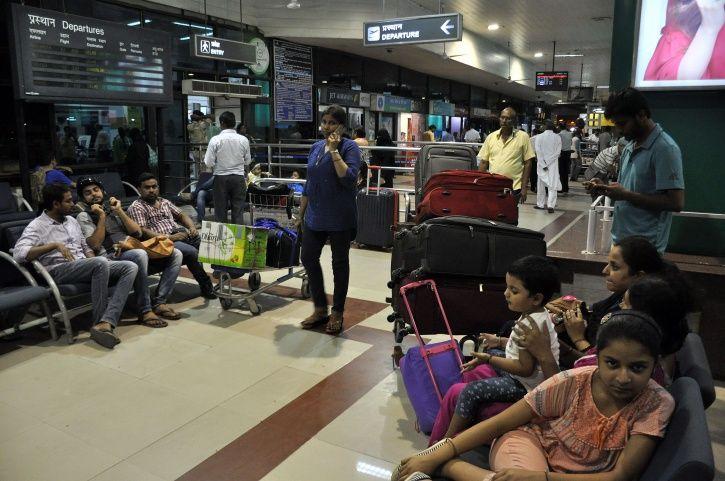 Parliamentary Committee Pulls Up IndiGo Over Crew Assaulting Passenger