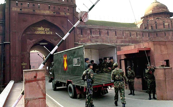 Suspect In 2000 Red Fort Attack Plot Arrested At IGI Delhi