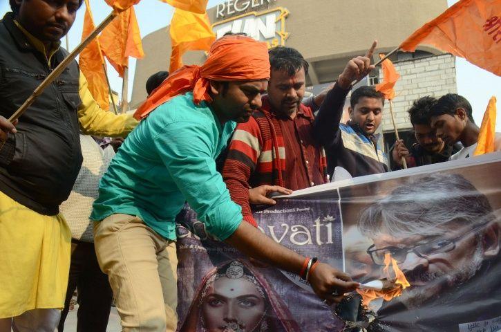 Tamil Nadu BJP Protested Against Padmavat