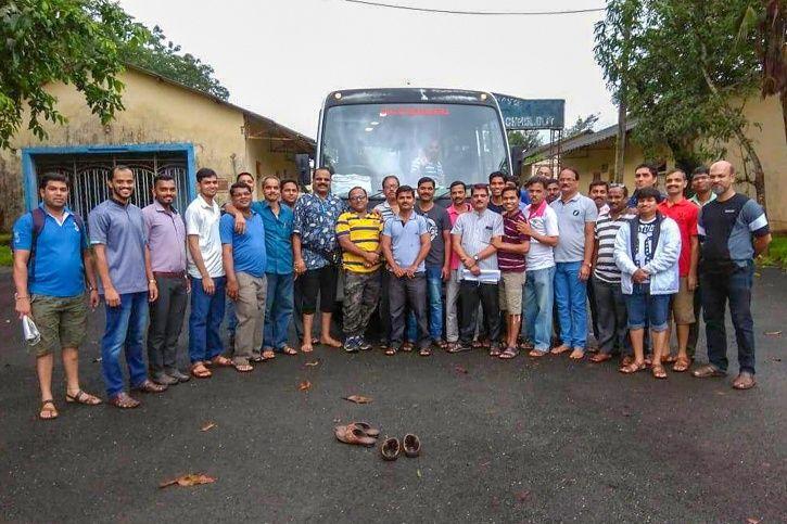 33 killed in bus