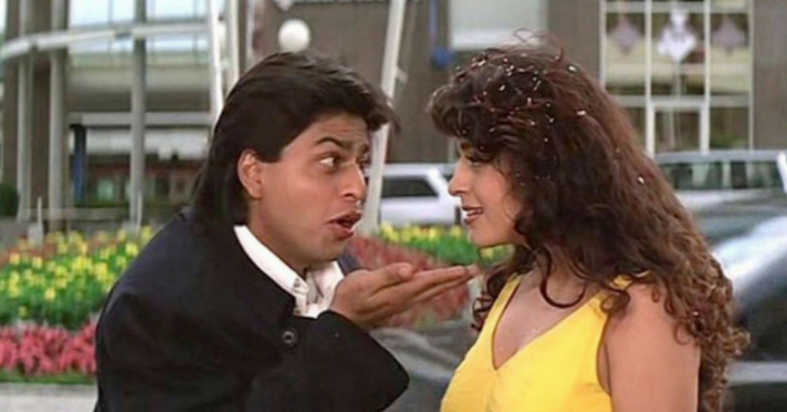 A still of Shah Rukh and Juhi Chawla from Yes Boss.