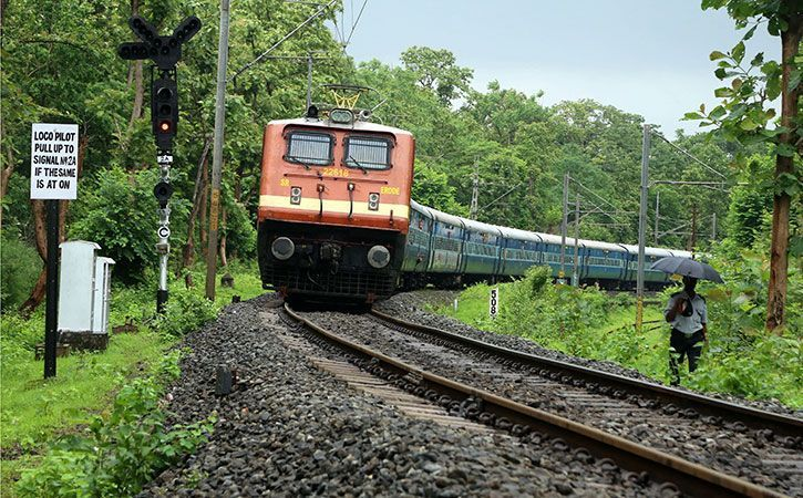 Indian Railways Will Accept Aadhaar Driving Licence Kept In Digilocker