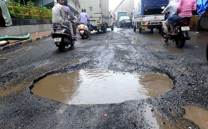 Potholes Killed 3597 Across India In 2017 Terror 803