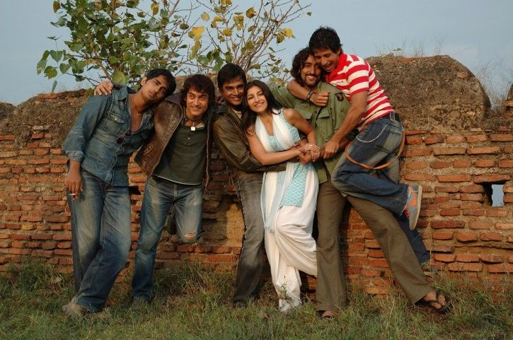 Rang De Basanti Sequel Won't Ever Happen, Says Director Rakeysh Omprakash Mehra & Here's Why