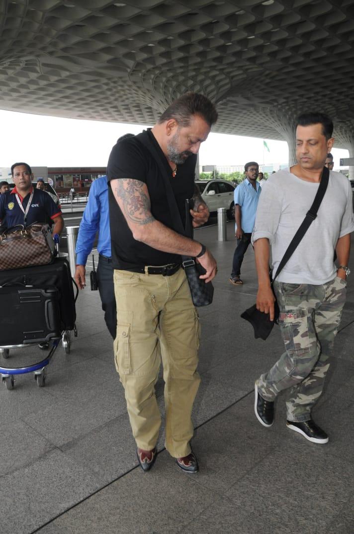 Sanjay Dutt Gets Clicked With Real Life Kamli AKA His Best Friend Paresh Ghelani