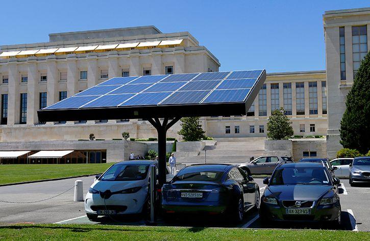 Solar charging EVs