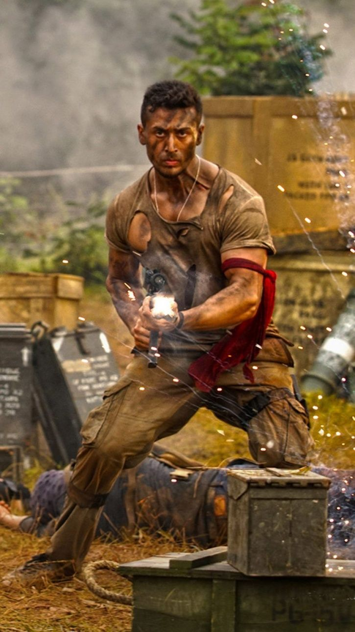 Tiger Shroff To Train At Military Camp In Syria For 'Baaghi 3', Will Learn To Use Weapons