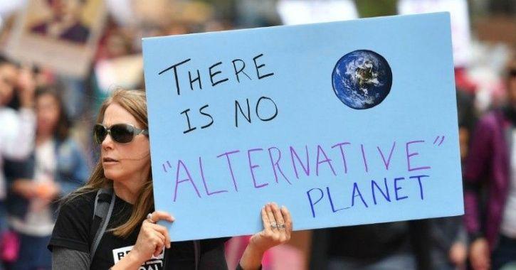A alternative fact, politicians