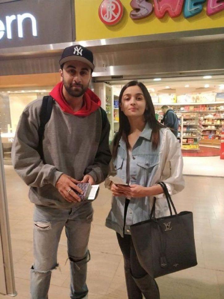 A picture of Alia Bhatt and Ranbir Kapoor.