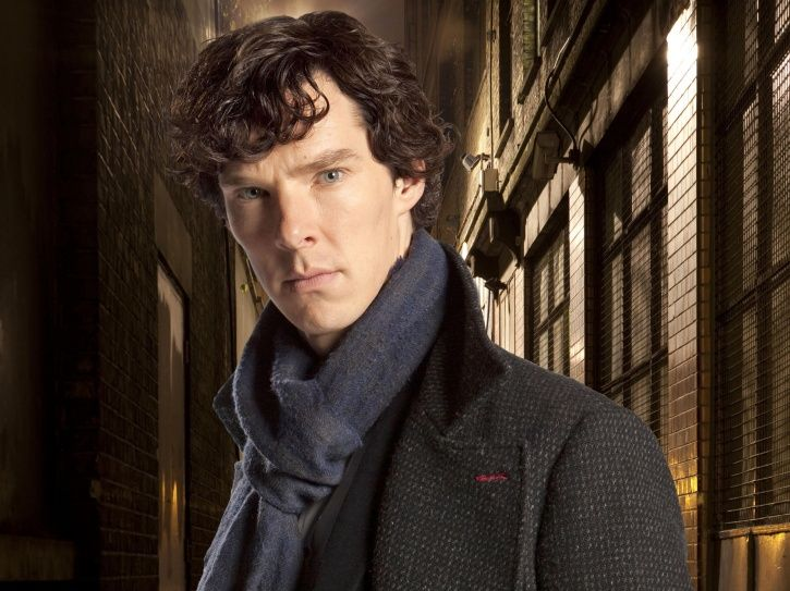 A picture of Benedict Cumberbatch Jumps out Of Taxi, Fights Off Gang To Save Cyclist